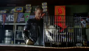 Blue Mountain State 02x09 : The Badger- Seriesaddict